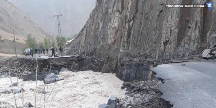 Hakkari Kırıkdağ köyünde sel: 6 işçi mahsur kaldı