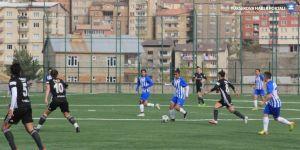 TFF Kadınlar 1. Lig: Hakkari Gücü: 1 - Beşiktaş: 1