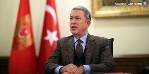 Milli Savunma Bakanı Akar: Erbil'in aldığı tedbirler memnuniyetle karşılanmıştır