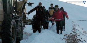 Muş'ta, çığ düşmesi sonucu mahsur kalan 11 kişi kurtarıldı