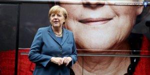 Merkel: AB zirvesinde Türkiye konusunu da görüşeceğiz