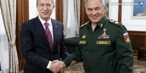 Rusya Savunma Bakanı Sergey Şoygu, Hulusi Akar ile görüştü