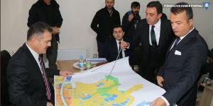 Hakkari Valisi Akbıyık'ın Yüksekova temasları