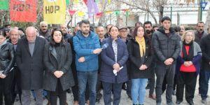 Van'daki gözaltılar protesto edildi
