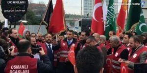 Kırmızı yelekler giyen Osmanlı Ocakları, Fatih Portakal'ı tehdit etti