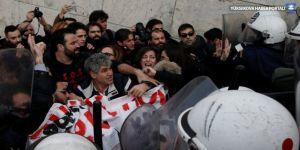 Yunanistan'da öğretmenlerin eylemine polis müdahalesi