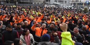 İzmir'de belediye işçilerinin eylem kararı ertelendi