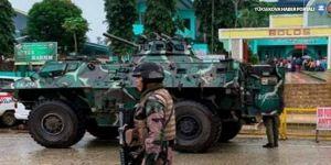 Filipinler'de kiliseye bombalı saldırı