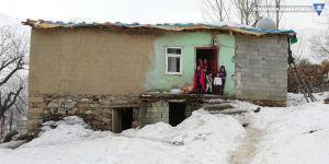 Şemdinli: Keskin ailesine yardım eli uzandı