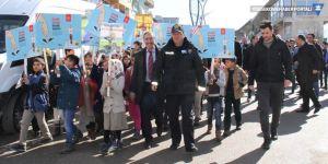 Şemdinli'de 'Yaya Öncelikli Trafik' etkinliği