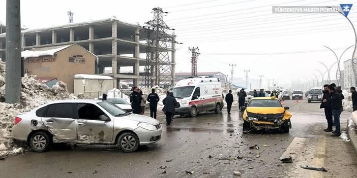 Yüksekova'da trafik kazası