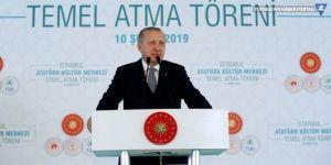 Erdoğan: Gezide teröristlerin resimlerini astılar