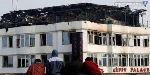 Hindistan'da imar iznini delen otelde yangın: 17 kişi öldü
