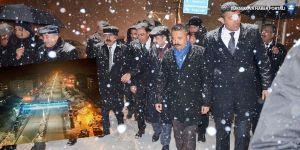 Yüksekova'nın yeni şehir aydınlatması hizmete açıldı