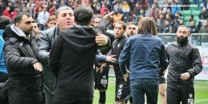 Amedspor-Sakaryaspor maçında kavga!
