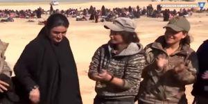 IŞİD'ten kurtulan Ezidi kadın zorla giydiği çarşafı yaktı