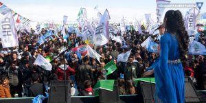 Yüksekova'da renkli Newroz kutlaması