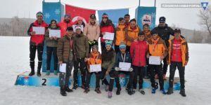 Yüksekova'ya 9 madalya ile döndüler!