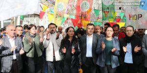 Van'da mazbata tepkisi: İrademizi geri almak için mücadeleye devam