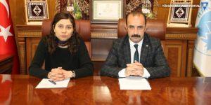 Eş başkanlar, Hakkari Belediyesinin borcunu açıkladı