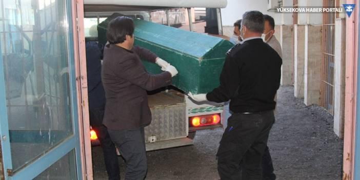 İran sınırında 2 erkek cesedi bulundu