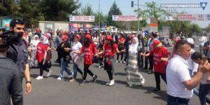 Diyarbakır'da 1 Mayıs kutlandı: Yaşama ses ver