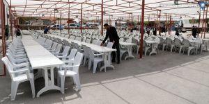 Van'da iftar çadırı kuruldu