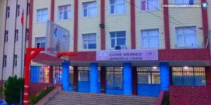 Cizre'de kız öğrencileri taciz ettiği iddiasıyla bir öğretmen açığa alındı
