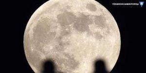 Ay 'büzülüyor': 46 metre kaybetti