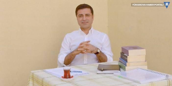 Demirtaş'tan 11 kitap önerisi