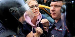 Rusya'da seçim protestosu: 600 gözaltı