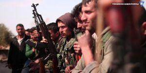 Reuters: YPG bazı bölgelerde birliklerini ve ağır silahlarını çekti