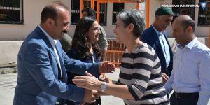 Leyla Güven'den Hakkari Belediyesine ziyaret