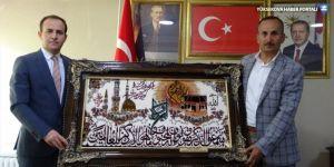 Şemdinli Kaymakamı Güven'den, Belediye Başkanı Saklı'ya ziyaret