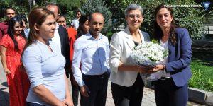 Leyla Güven Yüksekova Belediyesini ziyaret etti