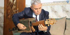 Kalaşnikofu müzik aleti yaptı