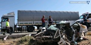 Bitlis'te trafik kazası: 3 ölü, 5 yaralı