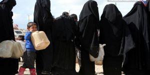 SDG kampından kaçıp Türkiye'ye teslim olan IŞİD'ci kadınlar Fransa'ya dönmek istiyor
