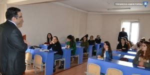 Hakkari İŞKUR Müdürü Kızılkaya, kursları ziyaret etti