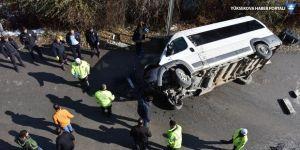 Hakkari'de kaza: 3 polis yaralandı