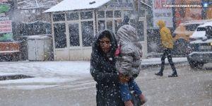 Hakkari'de 59 köy ve mezra yolu kapalı