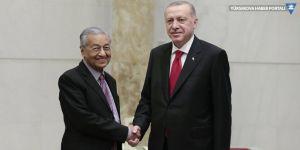 Cumhurbaşkanı Erdoğan: Kadrolu personelde 'yan gel yat' mantığı var