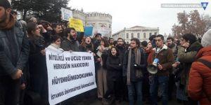 İstanbul Üniversitesi öğrencilerinden yemek protestosu