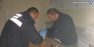 Hakkari'de soğuk havadan etkilenen kediler kurtarıldı