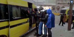 Duraklarda yankesicilik yapan 2 şüpheli tutuklandı