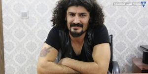 Kürtçe şarkı söylemek için izin istemesiyle eleştirilen O yarışmacı konuştu