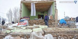 Başkale'de depremden etkilenen mahallelerde eğitime 15 gün ara verildi