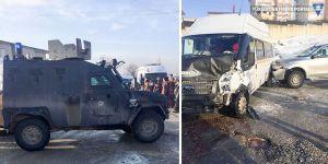 Yüksekova'da zincirleme kaza: 11 yaralı