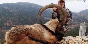 ABD'li çift Adıyaman'da iki dağ keçisini öldürdü