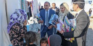 Yüksekova'dan Başkale'deki depremzedelere yardım